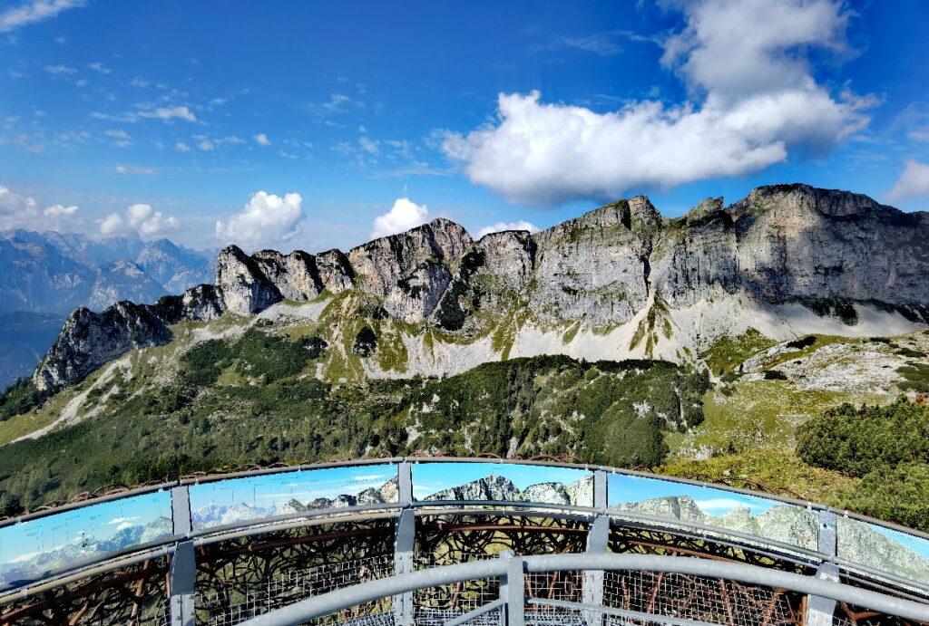Achensee Ausblickskanzel am Gschöllkopf - der Blick auf den Dalfazer Kamm